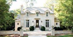 The Luxury of Timeless Style | Atlanta Homes and Lifestyles  | Photographer: Erica George Dines | 174 Peachtree Battle Avenue, Atlanta, Georgia 30305 (Atlanta's Buckhead neighborhood)