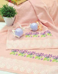 Jogo de toalhas bordadas / DIY, craft
