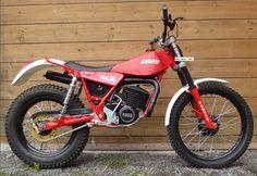 Trail Motorcycle, Trial Bike, Classic Bikes, Dirt Bikes, Street Bikes, Bike Trails, Vintage Motorcycles, Breakfast Casserole, Motocross