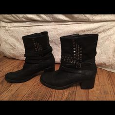 VINCE CAMUTO BLACK LEATHER STUDDED MOTO  BOOTS Black leather with silver studs. Motorcycle style  Size 8 Vince Camuto Shoes Combat & Moto Boots