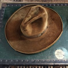 Stetson beaver Cowboy Gear, Cowboy And Cowgirl, Cowgirl Style, Cowboy Hats, Mens Western Hats, Mens Fringe, Cowboy Hat Styles, Dope Hats, Cowboys And Indians