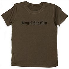 This whimsical t-shirt sets your ring bearer apart as King of the Ring. #wedding #gift