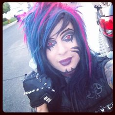 Dahvie Vanity love the Hair