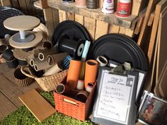 "Loose parts and ""How to."" Writing frame at Learning for Leeds Training Base. - Loose parts and ""How to…."" Writing frame at Learning for Leeds Training Base. Eyfs Classroom, Outdoor Classroom, Outdoor School, Eyfs Outdoor Area, Outdoor Areas, Outdoor Play, Play Based Learning, Early Learning, Deconstructed Role Play"