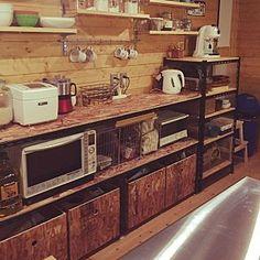 女性で、Kitchen/DIY/キッチンカウンターDIY/OSB合板/BESSの家/ワンダーデバイス/ガチャ棚/アングルについてのインテリア実例。 (2016-02-02 14:31:59に共有されました)