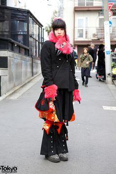 Ikumi, 23 years old, programmer | 24 January 2014 |