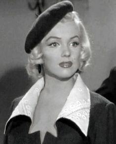 Beautiful Eyes, Most Beautiful Women, Beautiful People, Norma Jean Marilyn Monroe, Nostalgia, Tennis Trainer, Evolution T Shirt, Norma Jeane, Tow Truck
