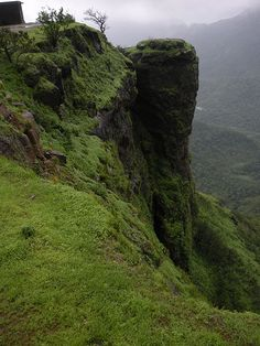 5 Exciting Tourist Places to visit near Mumbai