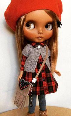 REZERVOVANO pro panenku MaryBunnyOOAK Custom Blythe dollbase