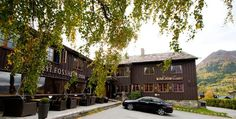 Hotel in Lom : Fossheim Turisthotell - The historic hotels of Norway
