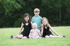 family pictures, famili photographi, family photos, sibling poses, famili pictur, family photography, photographi idea, sibl pose, kid