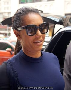 Melanie Brown Spotted in Soho in New York City http://icelebz.com/events/mel_b_spotted_in_soho_in_new_york_city/photo1.html