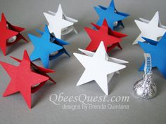 Hershey's Kiss Star | Video Tutorial, Hershey's Kisses, July 4th, Independence Day, Stars, Star, Favor, Stampin' Up, Mini Treat Bag Thinlits, Simply Scored, Qbee's Quest, Brenda Quintana