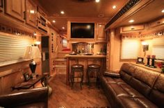 bloomer horse trailers with living quarters - Google Search