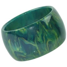 Preowned Bakelite Bracelet Bangle Bluemoon Marble (18.995 RUB) ❤ liked on Polyvore featuring jewelry, bracelets, blue, pre owned jewelry, vintage jewelry, vintage bangle, marble jewelry and vintage jewellery