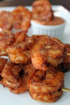 shrimp recipes Recipe for Louisiana Cajun Shrimp with Chipolte Mayonnaise - A fiery twist on the Creole classic. These Spicy Louisiana Cajun Shrimp are bursting with flavor, especially when served with a bowl of rich and creamy Chipotle Mayonnaise! Fish Recipes, Seafood Recipes, Great Recipes, Dinner Recipes, Cooking Recipes, Healthy Recipes, Recipies, Cajun Shrimp Recipes, Seafood Appetizers