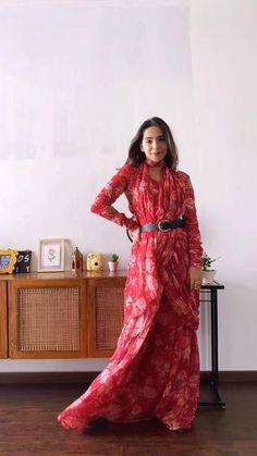 Indian Gowns Dresses, Indian Fashion Dresses, Indian Designer Outfits, Trendy Sarees, Stylish Sarees, Stylish Dresses, Saree Wearing Styles, Saree Styles, Lehenga Saree Design