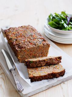 Not a big fan of meatloaf but a healthy version appeals to me as well as being more affordable for my family. Heart Healthy Recipes, New Recipes, Favorite Recipes, Healthy Heart, Health Recipes, Healthy Meatloaf, Meatloaf Recipes, Healthy Eating, Healthy Food