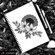 Art Drawings Sketches Simple, Easy Drawings, Drawing Ideas, Mandala Sketch, Mandala Drawing, Mandala Canvas, Mandala Artwork, Art Abstrait Ligne, Design Mandala