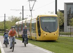 Déplacement vélo tramway