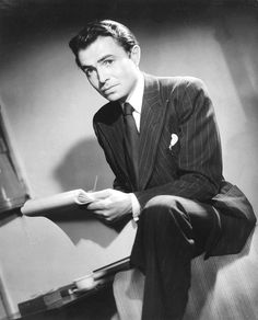 James Mason in a 1945 photo by Fred Daniels (UK National Portrait Gallery)
