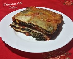 La parmigiana di bietole e pomodoro è un ottimo contorno o può diventare un delizioso secondo piatto, arricchito da fontina e grana padano