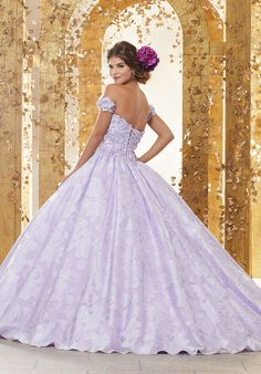 b7c3b1afaf3 13 Best Green Quinceanera Dresses images in 2019