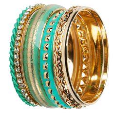¡Verde Menta y turquesa! Verde menta y turquesa son los colores oficiales de este verano. Encuentra una variedad de accesorios de esos tonos en Sismika.