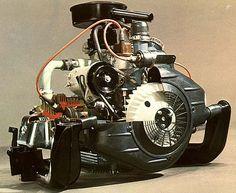 DAF 33 2 cylinder air cooled boxer engine