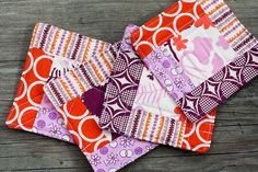 Quilted Logcabin Coaster Tutorial .Amazing way to use up fat quarters or scraps-- requires 5 different fabrics/batting...