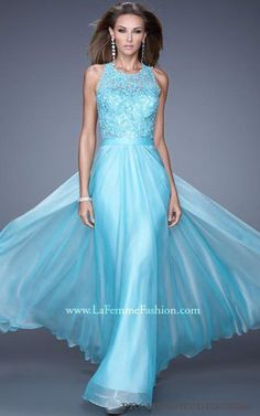 La Femme 20638 is a stunning chiffon gown with a lace upper bodice and gorgeous open back. This gorgeous gown is ideal for prom, a pageant, winter formal or wedding reception. Prom Dresses Under 200, Sexy Homecoming Dresses, Prom Dresses 2016, A Line Prom Dresses, Prom Party Dresses, Formal Dresses, Flowing Dresses, Dress Prom, Dresser