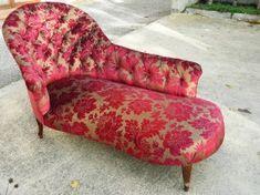 Méridienne au dossier capitonné de style Napoléon 3 Lounge, Couch, Furniture, Home Decor, Style, Lounge Chairs, Chair, Airport Lounge, Swag