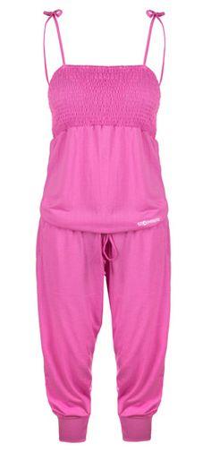 Kjempdeilig sommerprodukt! Anbefales  http://www.stormberg.no/no/Produkter/Dame/Dame/Overdeler/kortermet/Idyll-D-jumpsuit/