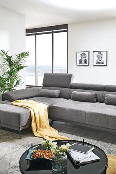 Das zentrale Stück in einem gemütlichen Wohnzimmer ist eine bequeme Couch! Die Sitzgruppe Denia in Grau ist nicht nur herrlich zum Sitzen, sondern passt dazu auch noch zu jedem Wohnzimmerstil. Mehr auf leiner.at // Wohnzimmer Ideen // Interior Trends // Wohnideen // Einrichtungstipps Wohnzimmer // Sofa // Polstergarnitur // Wohnzimmer Deko Trends, Furniture, Home Decor, Living Room Ideas, Comfortable Couch, Sofa Set, Grey, Decoration Home, Room Decor
