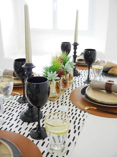 Father's Day Masculine Tablescape Ideas - ideas for a chic, modern but manly table setting in black, white, brown & gold with easy, DIY details! Black Wine Glasses, Small Wooden Tray, Starter Plates, Mini Photo Frames, Table Centerpieces, Table Decorations, Festive Crafts, Home Bar Designs, White Dinner Plates