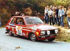 a rally Peugeot 104
