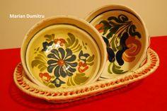 Traditii romanesti! ;) Romania, Decorative Plates, Pottery, Culture, Traditional, Tableware, Amazing, Home Decor, Art