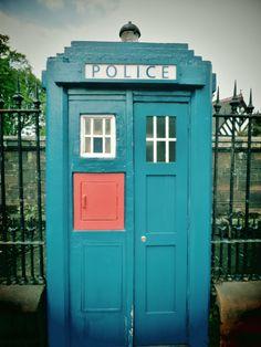Police phone box, Byres Road.