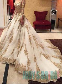 Wedding dresses,a-line wedding dresses,gold lace wedding dress,long sleeve bridal gown,gorgeous wedding indian wedding gowns - Wedding Gown Bridal Lehenga, Bridal Gowns, Lehenga Choli, Bridal Lenghas, Organza Bridal, Moda Indiana, Evening Dresses, Prom Dresses, Dress Prom