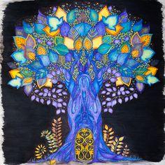 """Johanna Basford """"Enchanted Forest"""" / August 2015"""