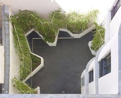 Raised bed // H2O Architectes