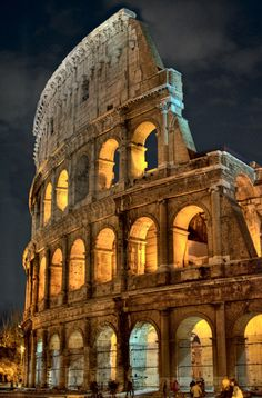 #P2Ppacking The Coliseum, Rome. I get to visit this wonderfully amazing place in June! I can't wait! :)