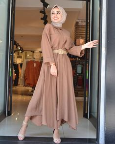 Casual Outfits, Satin, Instagram, Dresses, Fashion, Casual Clothes, Vestidos, Moda, Casual Wear
