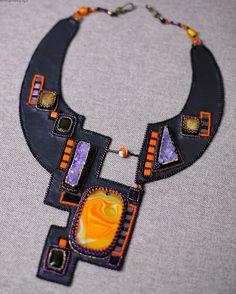 Nataly Uhrin is bead artist from Ukraine.