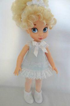 The lace trims make it! Disney Baby Dolls, Disney Princess Dolls, Baby Disney, Girl Doll Clothes, Girl Dolls, Tiana, Disney Animators Collection Dolls, Pocahontas, Cinderella Doll
