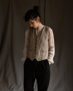 Gothic Fashion Men, 1800s Fashion, Fall Capsule Wardrobe, Antique Clothing, Androgynous Clothing, Ties, Shoulder Tattoo, Button, Clothes