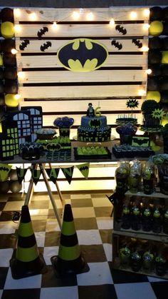 - Batman Party - Ideas of Batman Party - Lego Batman Party, Batgirl Party, Batman Birthday, Superhero Birthday Party, Lego Birthday, Cake Birthday, Batman Party Decorations, Party Themes, Batman Party Supplies