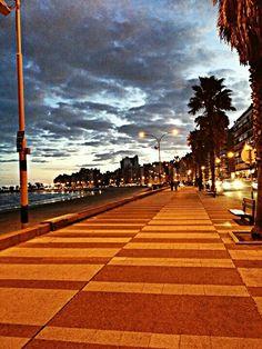 Montevideo: Rambla Pocitos.