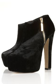 ARISTOCRAT High Shoe Boots