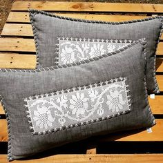 Slide to see other cushions the Crochet Cushions, Sewing Pillows, Crochet Pillow, Diy Pillows, Crochet Doilies, Throw Pillows, Crochet Bedspread Pattern, Bolster Pillow, Doilies Crafts